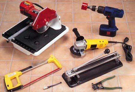 Как резать плитку плиткорезом: как правильно отрезать ручным инструментом керамическую плитку, чем воспользоваться для резки, если нет плиткореза