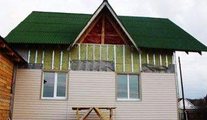 Как правильно утеплить бревенчатый дом снаружи