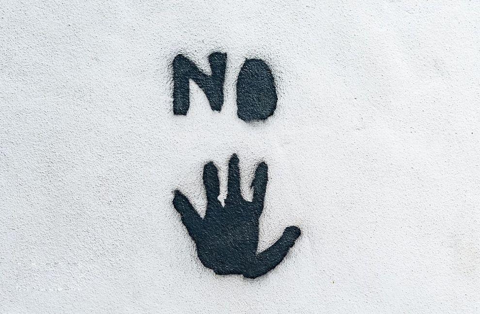 11 советов, как вежливо настоять на своем, если вам отказали :: инфониак
