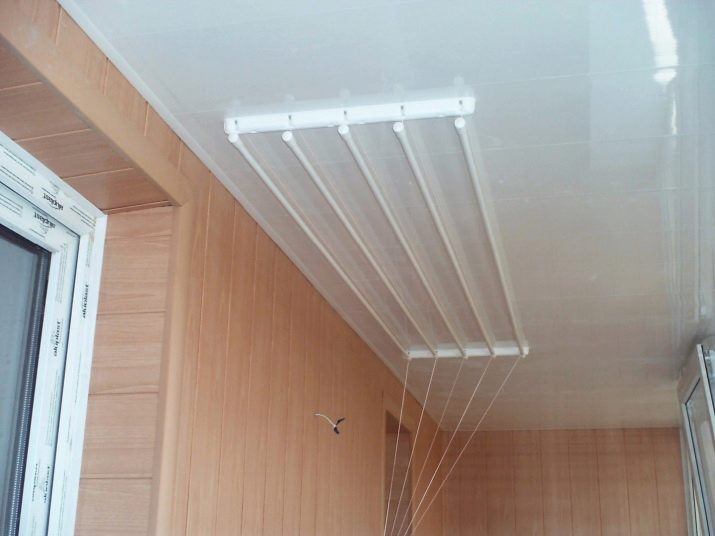 Потолочная сушилка для белья на балкон: преимущества моделей
