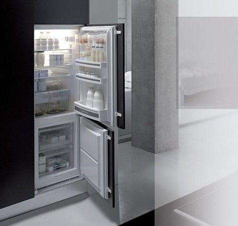 Как встроить обычный холодильник в гарнитур