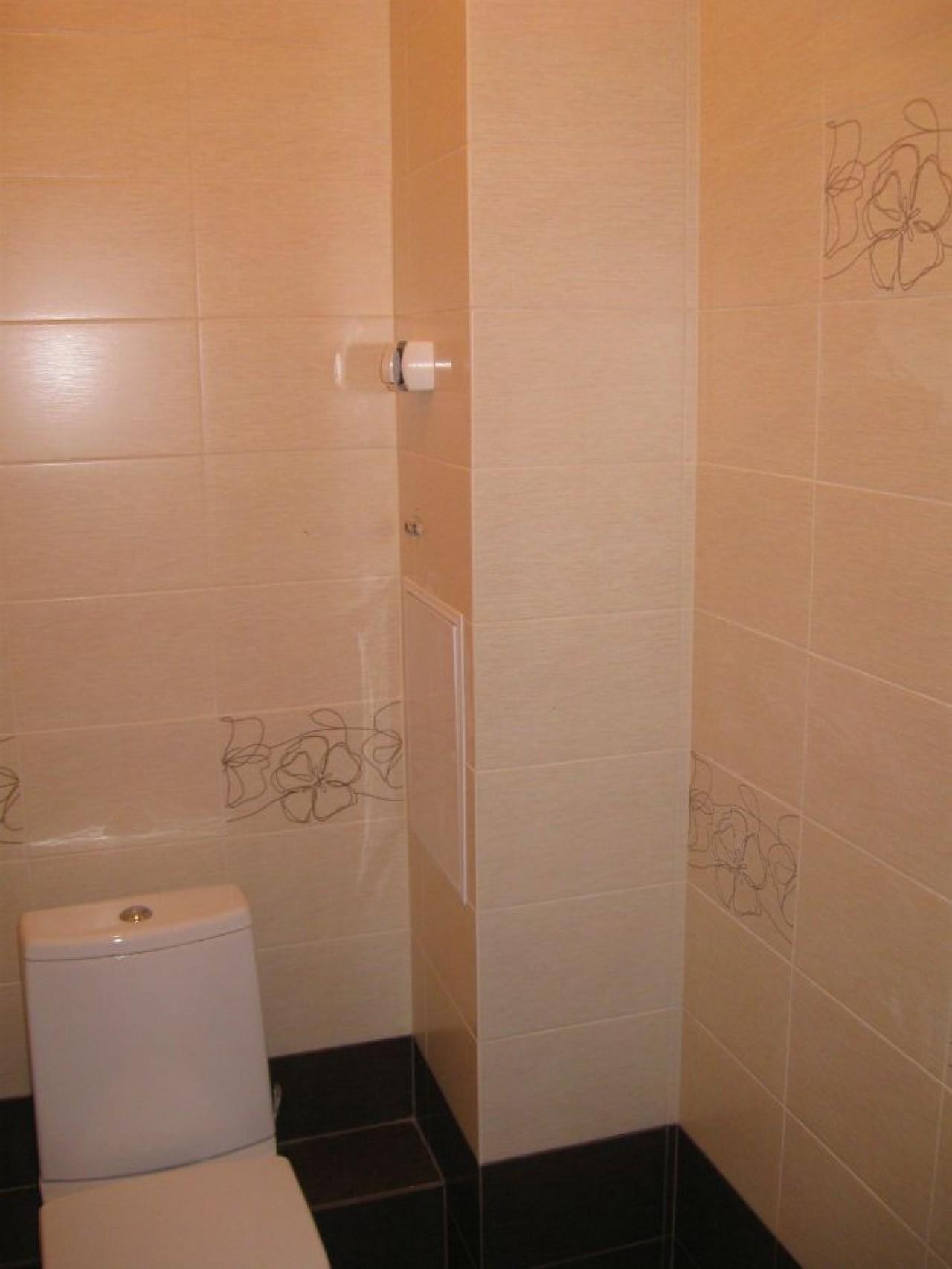 Способы, как закрыть трубы в туалете: 5 вариантов