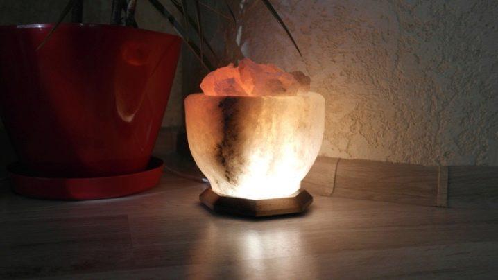 соляной камень светильник