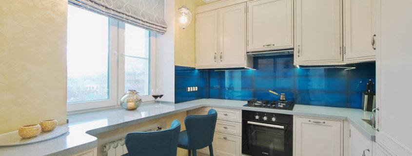 Стильные и простые занавески на кухню своими руками