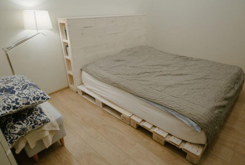 Как сделать кровать из поддонов своими руками: инструкции, советы