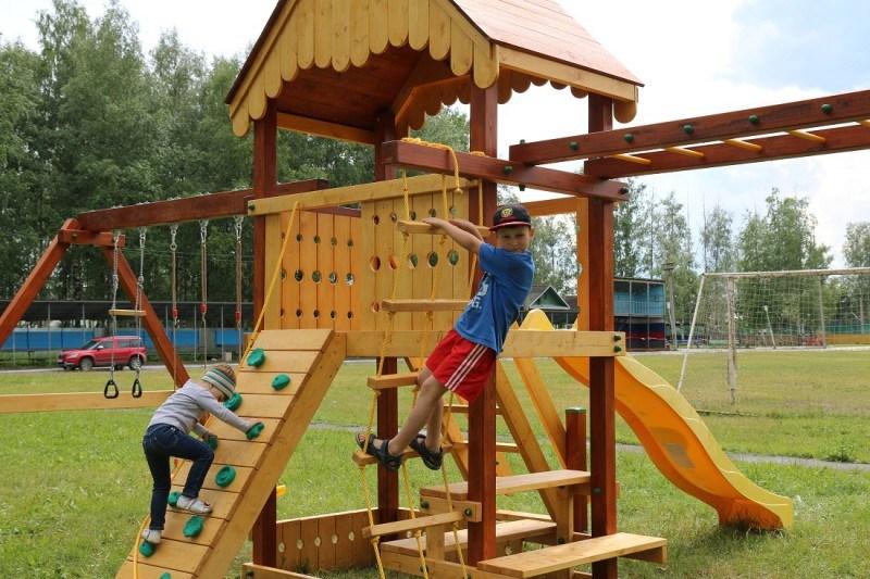 Детская площадка своими руками | идеи, чертежи (+75 фото)