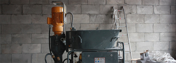 Штукатурка стен механизированным способом: видео-инструкция по штукатурным работам своими руками, фото и цена
