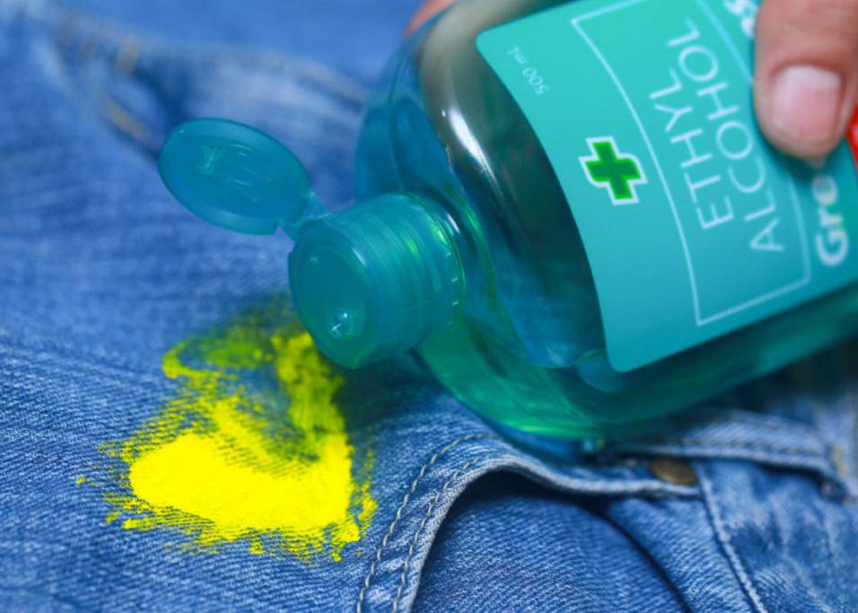 Как отмыть засохшую краску с одежды: чем вывести старые пятна, народные и химические способы