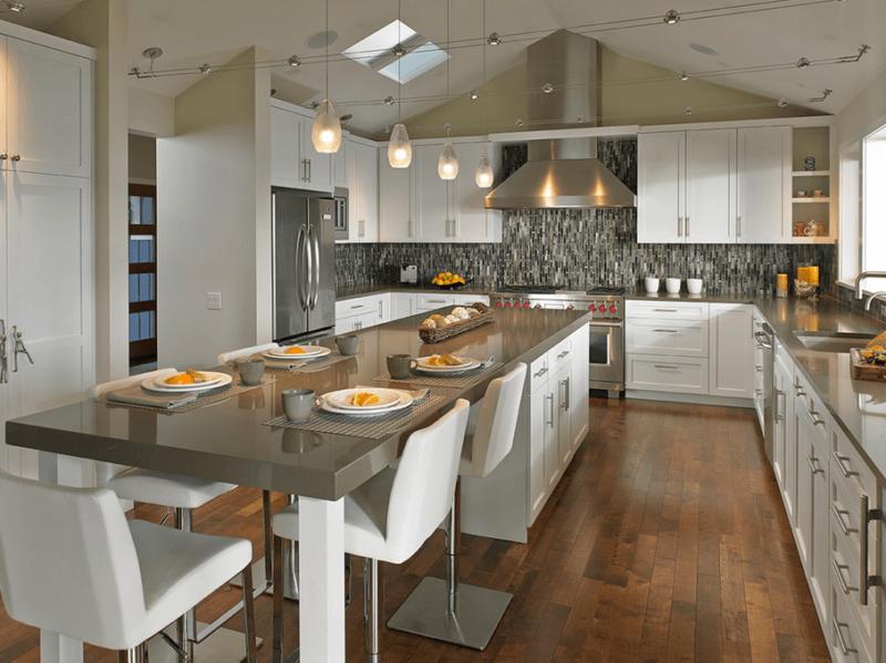 Современные кухонные гарнитуры: подробный обзор с рекомендациями экспертов