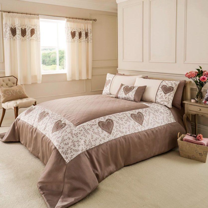 Шторы в спальню — 135 фото лучших новинок и эксклюзивного дизайна. обзор необычных вариантов оформления и сочетания штор в интерьере спальни