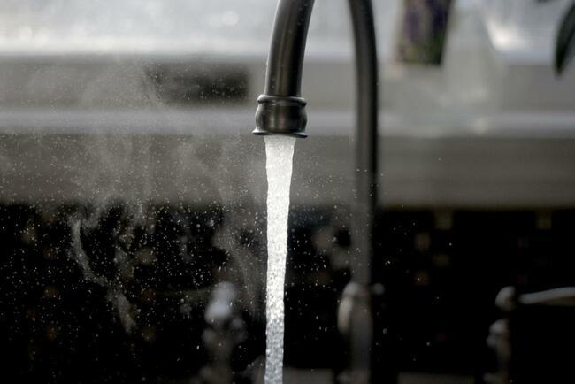 Что делать в случае если вода из скважины пахнет железом –