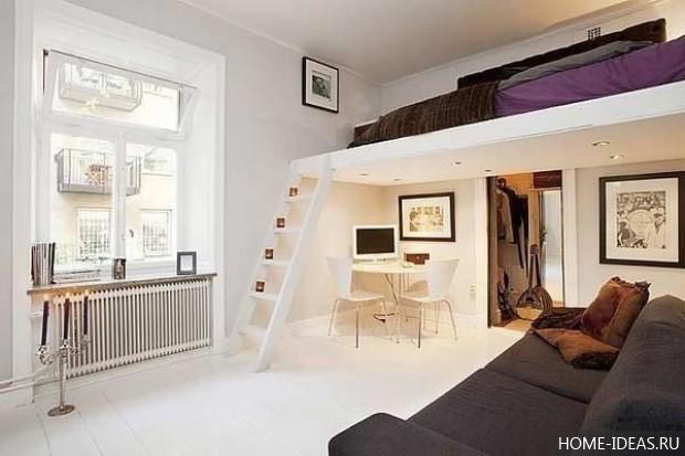 второй этаж в квартире с высокими потолками