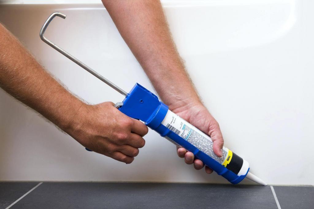 Как правильно наносить силиконовый герметик: пошаговая инструкция