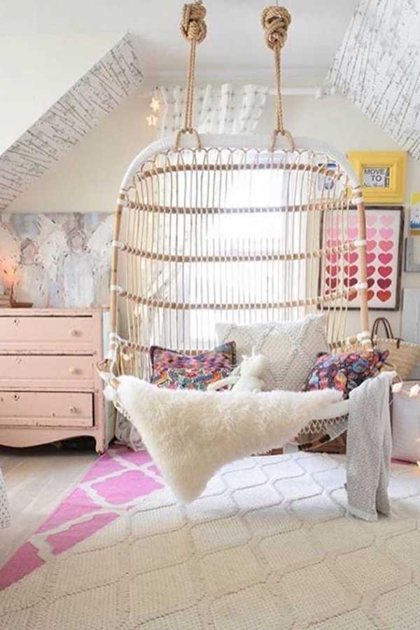 Мебель для девочки в детскую