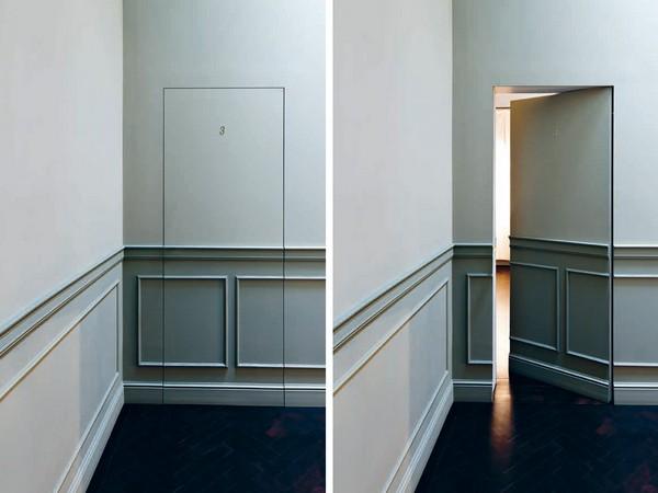 Скрытые двери (невидимки) в интерьере квартиры, монтаж своими руками.