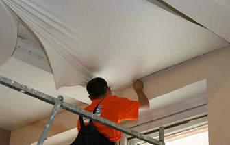 как снимать натяжной потолок