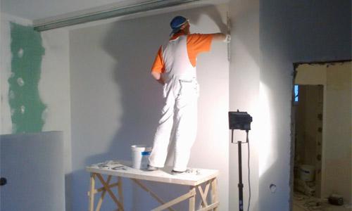 как быстро зашпаклевать стены