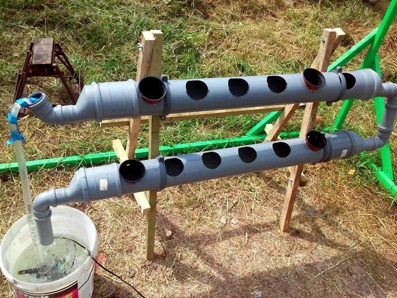 Как красиво обделать грядки на даче. установка грядок из пластиковых панелей. чем огородить гряды своими руками