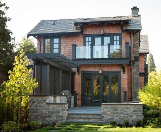 Проекты домов в стиле замка – примеры исполнения