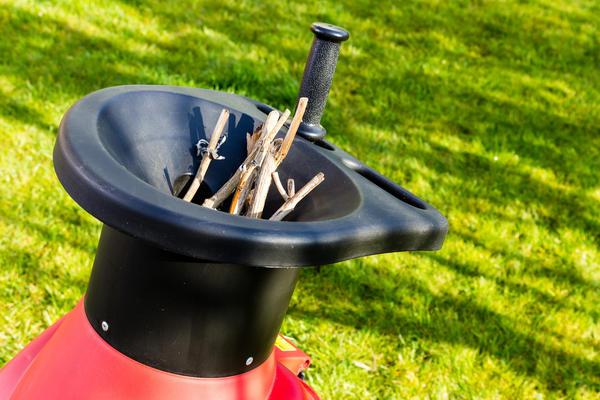 Измельчитель травы (траворезка) своими руками: способы изготовления оборудования