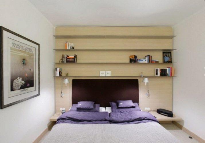 полки на стену в интерьере спальни
