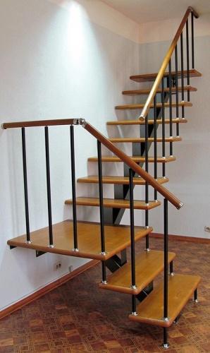Круговая лестница своими руками