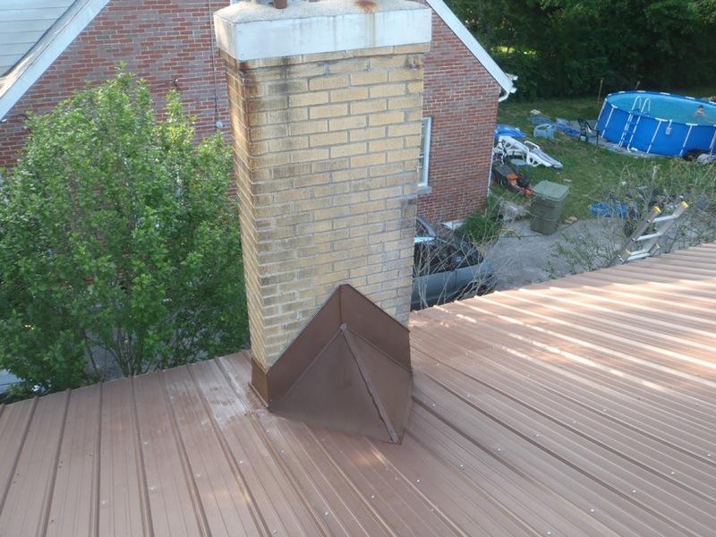 Чем герметизировать дымоход на крыше: учимся замазывать щели