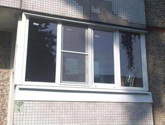 Конструкции остекления балконов: популярные и модные
