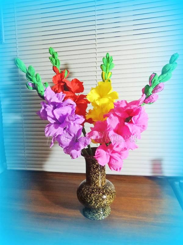 цветы из гофрированной бумаги видео
