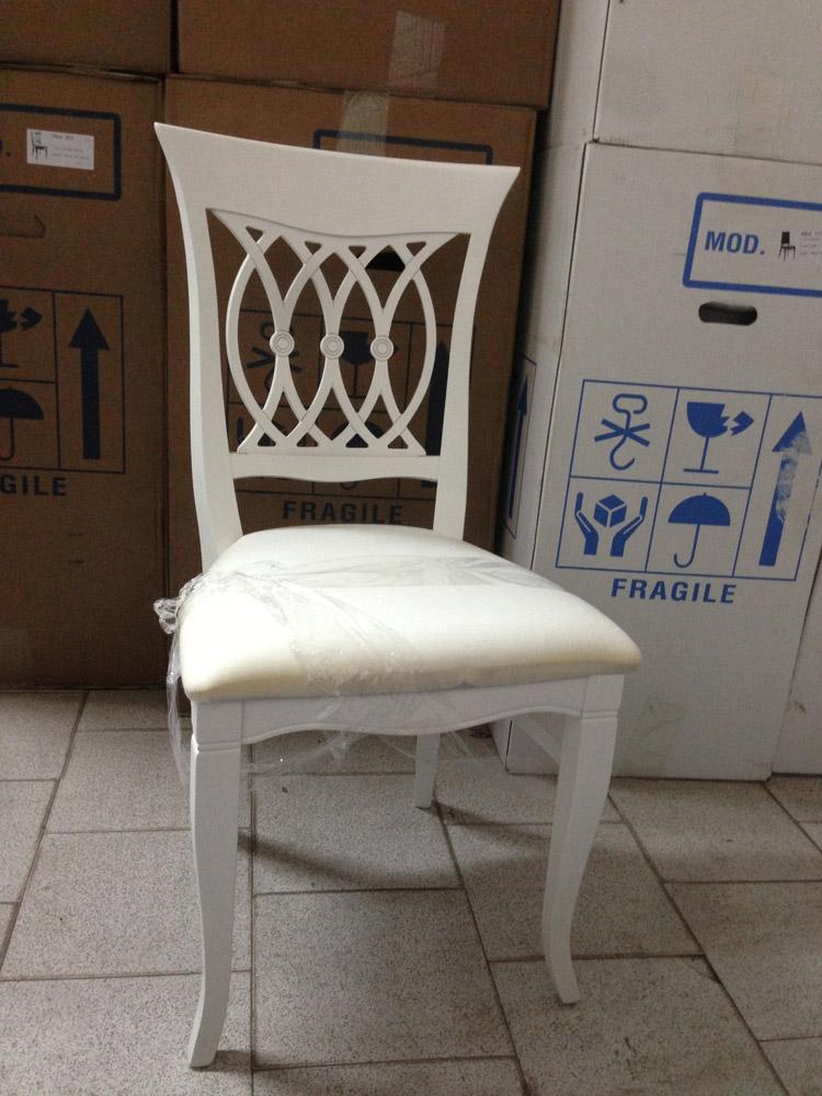 Перетяжка стульев: как перетянуть обивку своими руками с помощью ткани дома, как обшить кухонные табуреты кожзамом