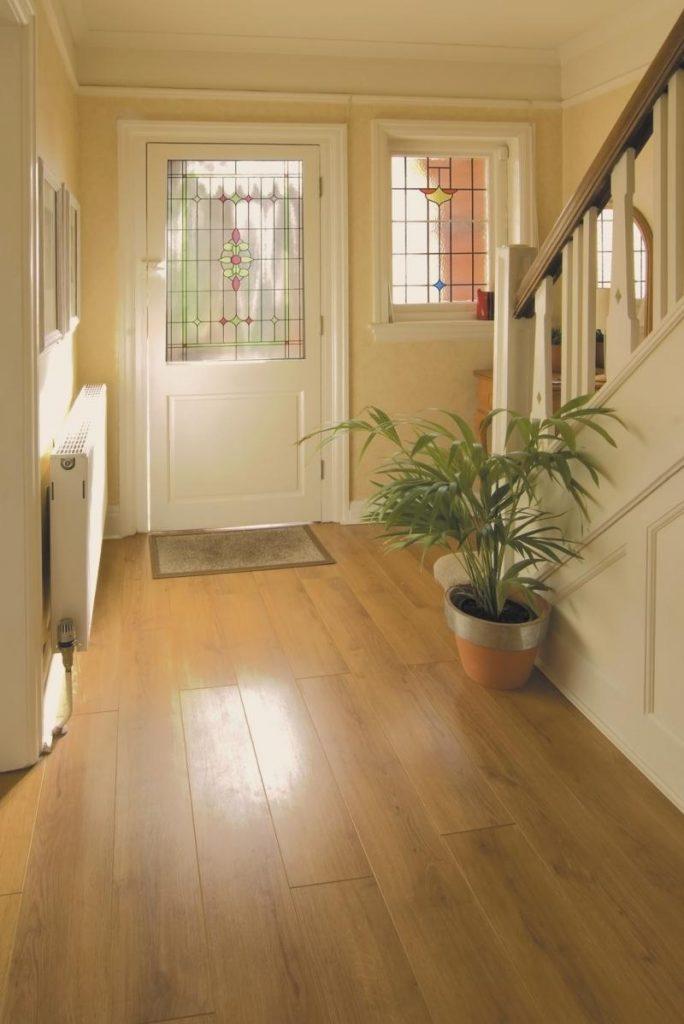 Линолеум для кухни и коридора: 6 преимуществ покрытия