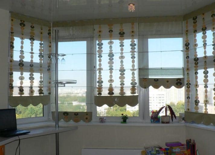 Шторы на балкон или лоджию: виды, цвет, крепление к карнизу, дизайн балконных занавесок