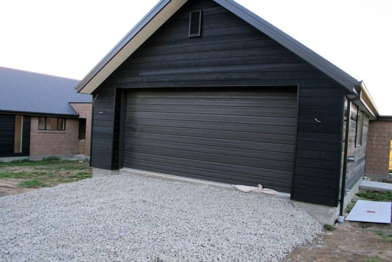 Каркасный гараж из бруса: строительство своими руками