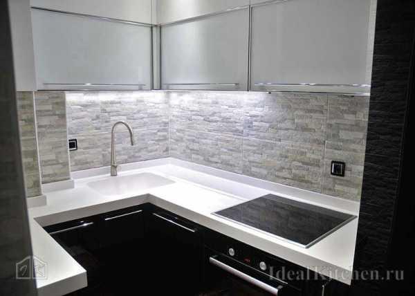 Стеклянные панели для кухни: фото идей, стекло для защиты стены