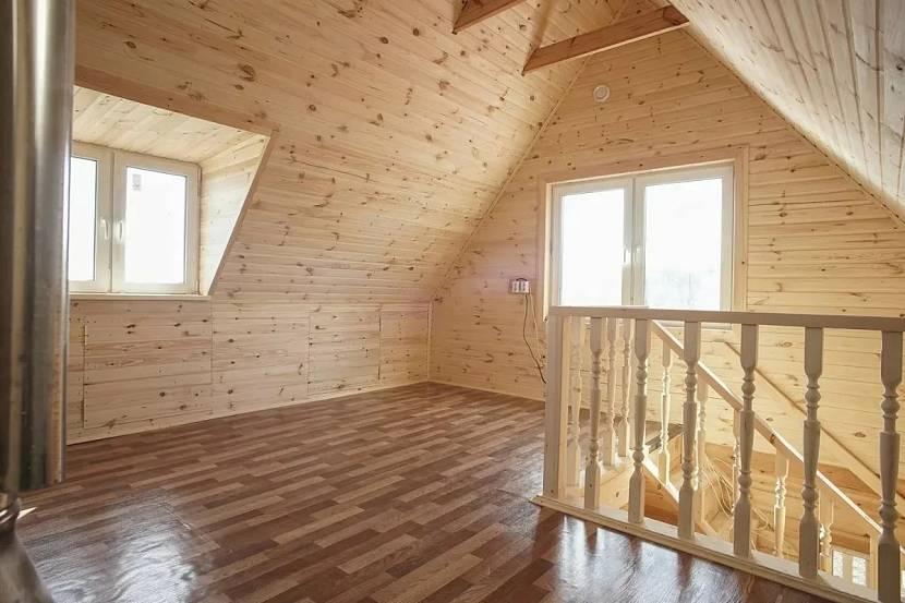 чем лучше обшить стены внутри деревянного дома
