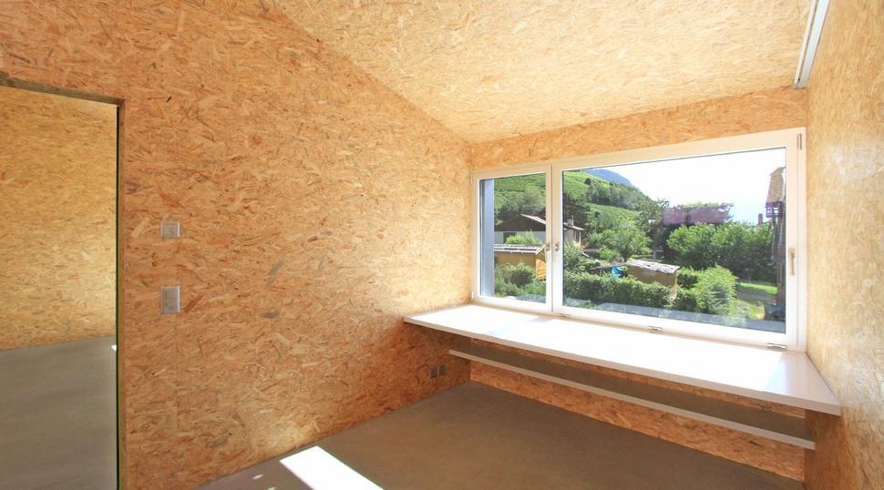 Обои на осб-плиты: можно ли клеить внутри дома без шпаклевки? подготовка листов к поклейке: чем покрыть перед наклейкой