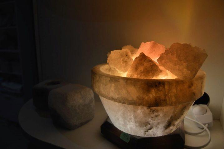 Солевая лампа: польза и вред, применение, показания, отзывы