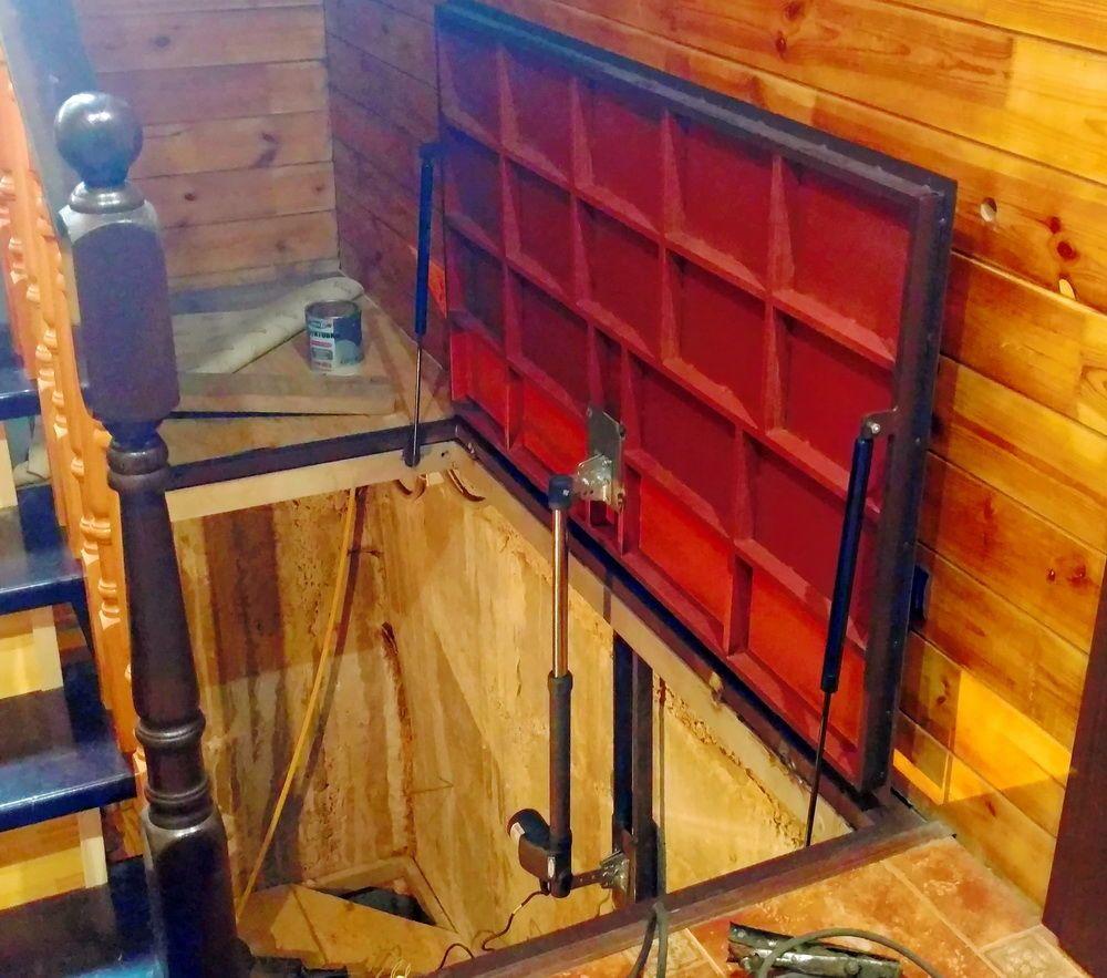Как сделать крышку для погреба: необходимые материалы для изготовления, изготовление заглушки, установка петель, подбор ручки