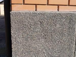 Отделка цоколя панелями под камень: пошаговая инструкция