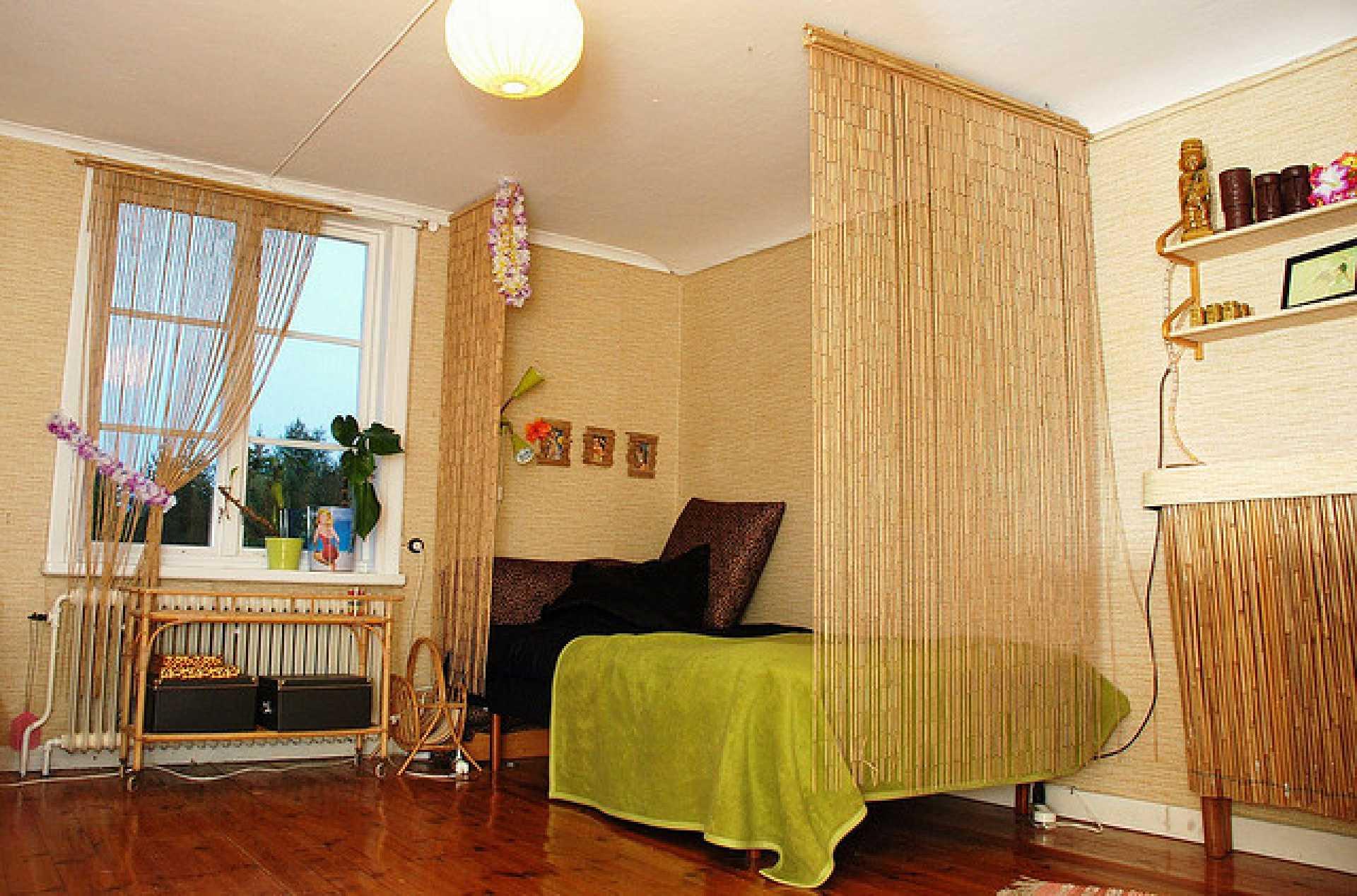 Бамбуковые шторы на дверной проем: идеи и фото