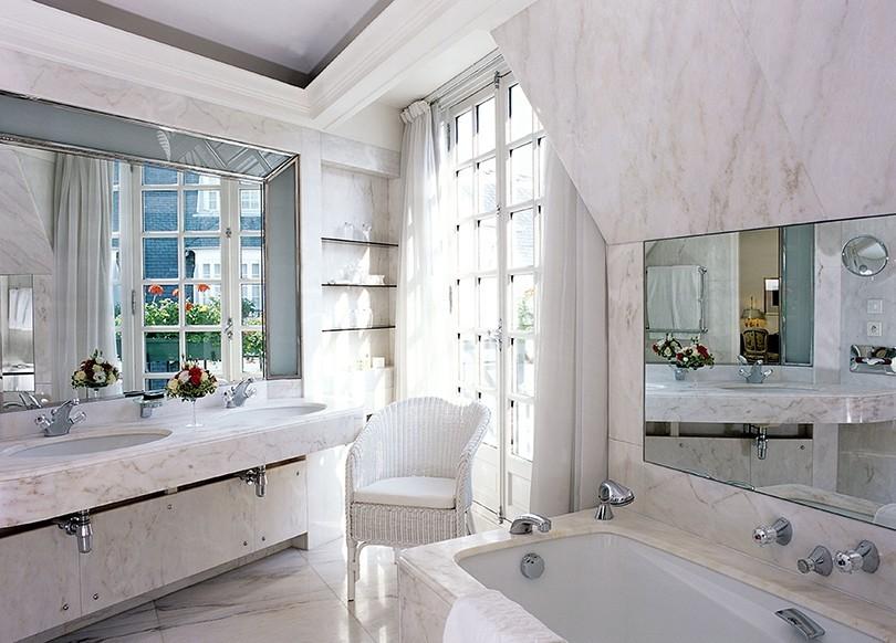 дизайн ванной в светлых тонах