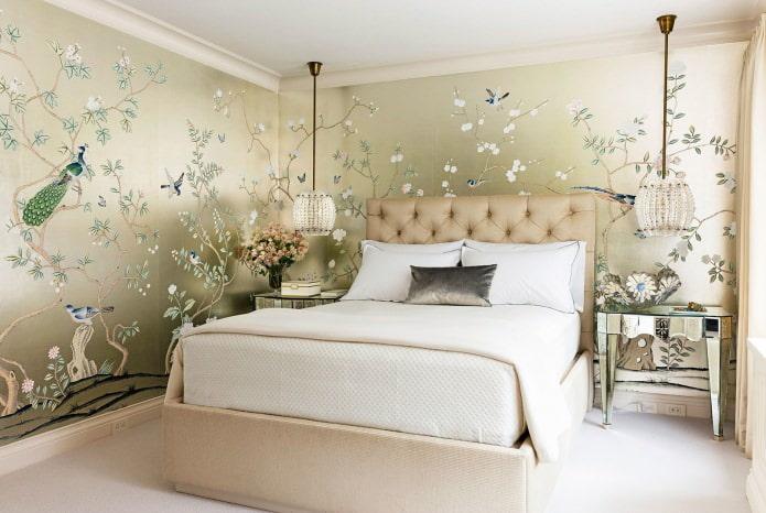 Дизайн стен в спальне (86 фото): оформление стен рисунками и росписью. как оформить стены фресками? как украсить их багетом? другие современные идеи для декора
