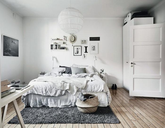 Ковер в спальню (56 фото): модели на пол, небольшие белые коврики и дорожки, овальные ковры под кроватью