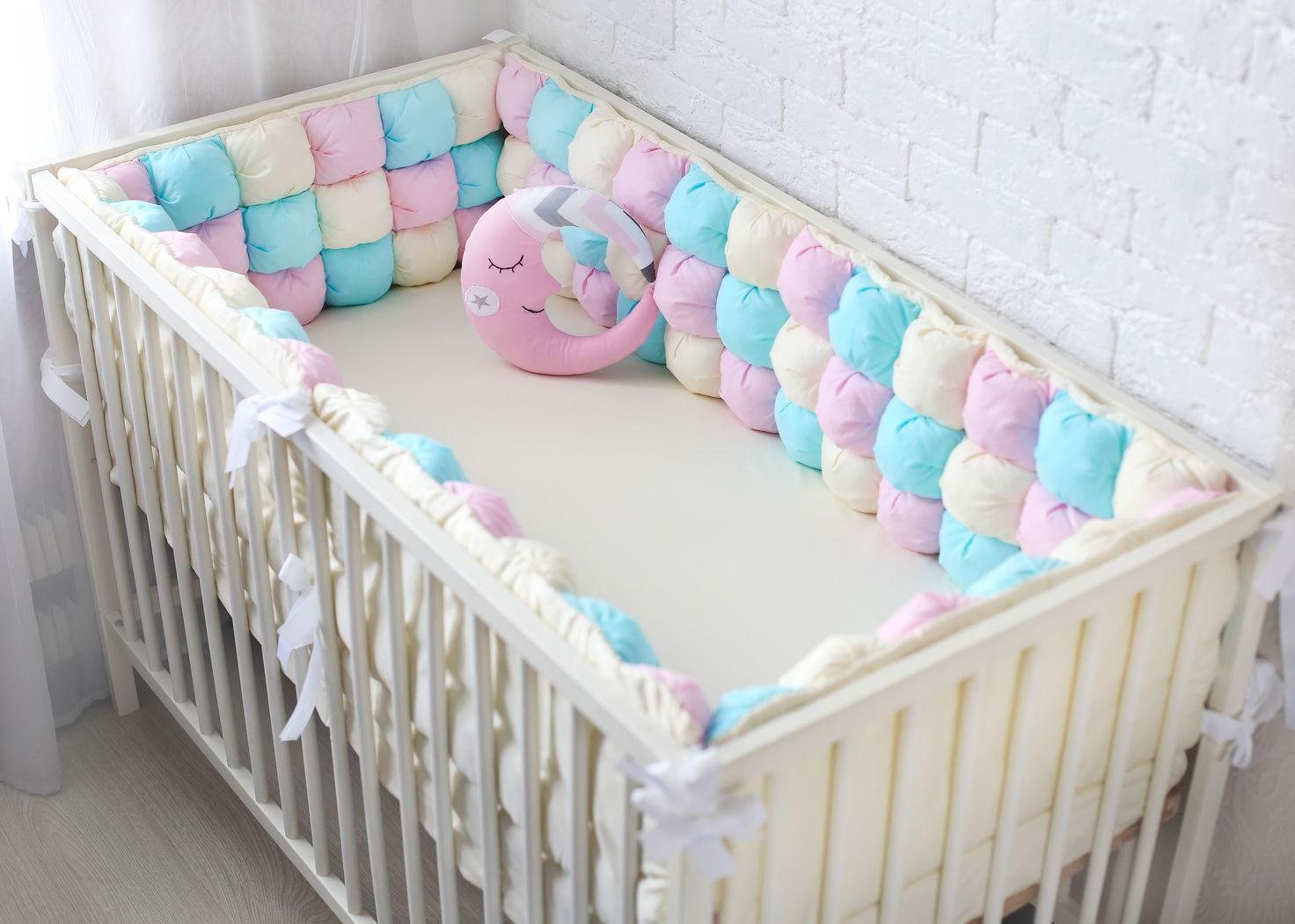 бортики в детскую кроватку фото