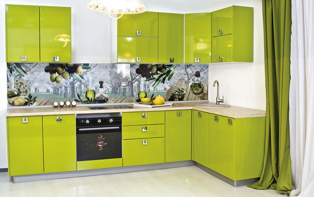 Выбор расстояния между верхними и нижними шкафами на кухне