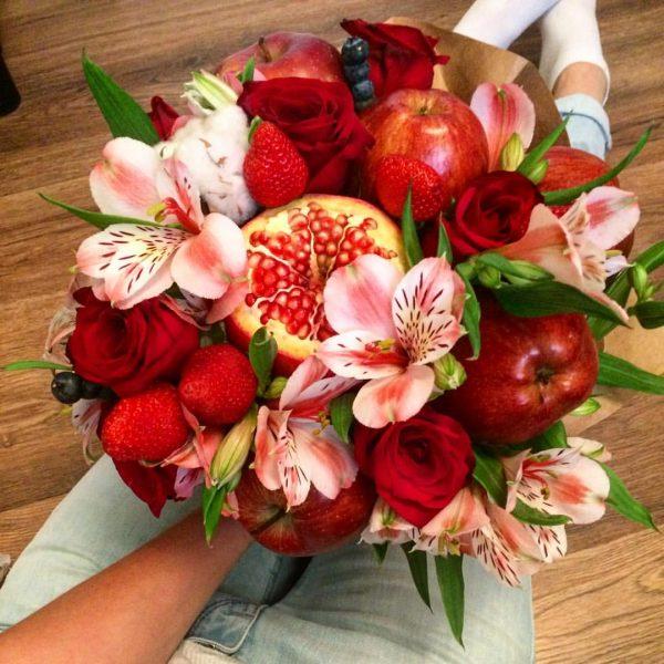 как оформить букет цветов своими руками