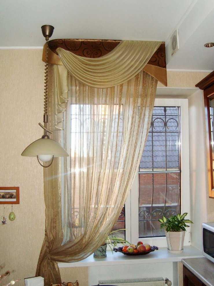 интересные шторы на кухню фото
