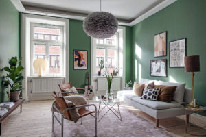 Диван зеленый, преимущества, сфера применения, цветовые сочетания
