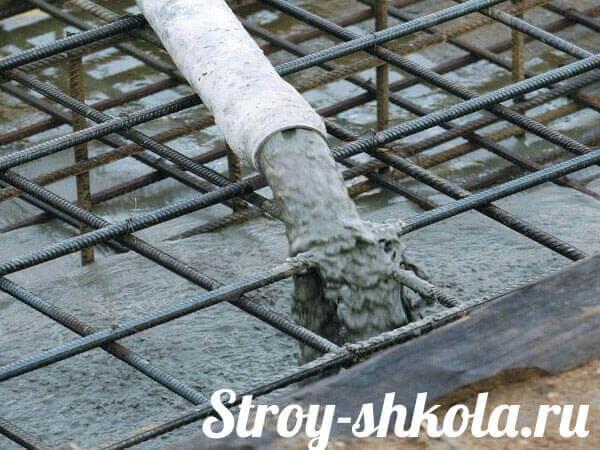 Заливка пола бетоном в частном доме: пошаговыйпроцесс