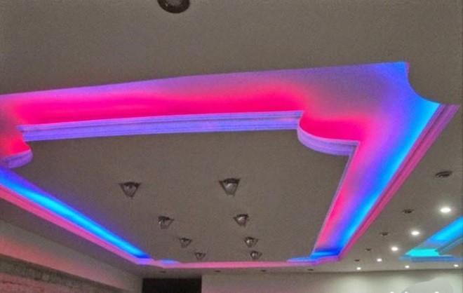 Подсветка потолка светодиодной лентой - варианты оформления, как правильно сделать монтаж и установку, детали на фото и видео